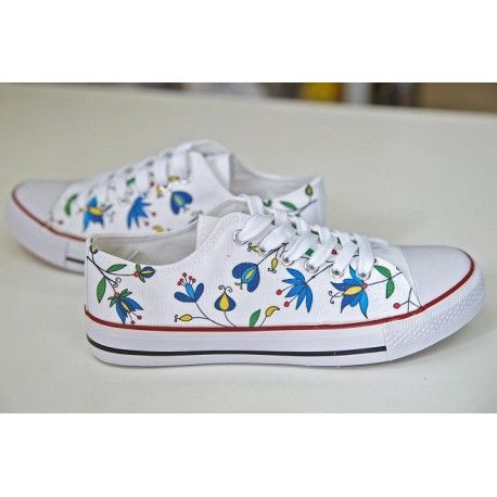 KASHUBIA DESIGN. CREATE YOUR OWN PRINT ON SNEAKERS AT WANNASHOE.COM