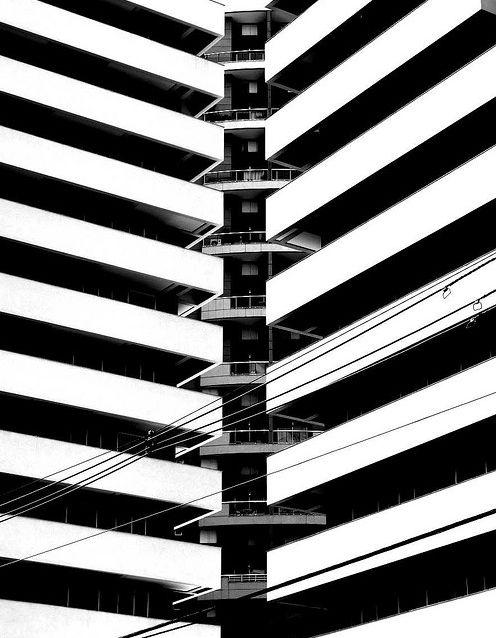 Geometric and Extraordinary Photography by Flavio Samelo | Abduzeedo Design Inspiration