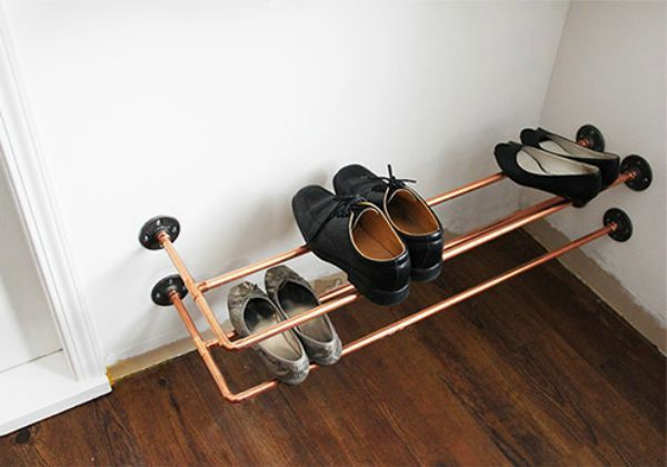 Shoe rack from pipes, which can be done by hand