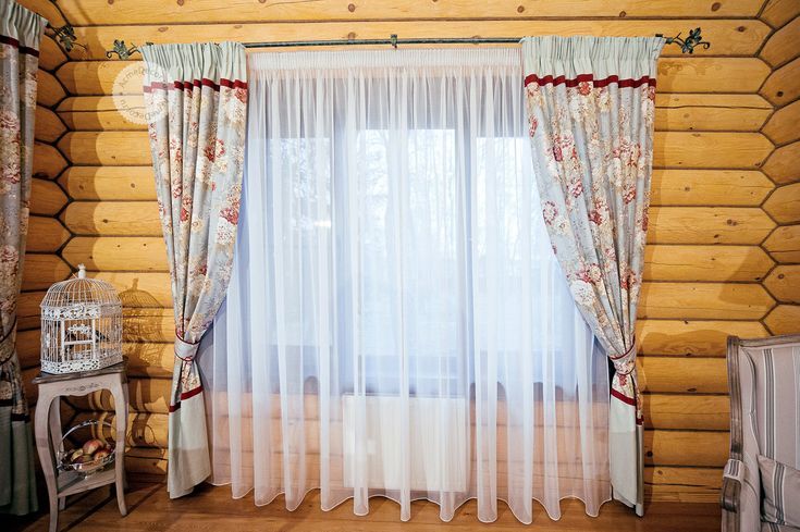Дом в русском стиле #curtains #шторы  #шторыдлядома #шторыдляквартиры #декорокна #дизайнокна #текстильныйдекор   #шторыдлястоловой #столовая #шторыдлягостиной #гостиная #шторыдлякухни #кухня