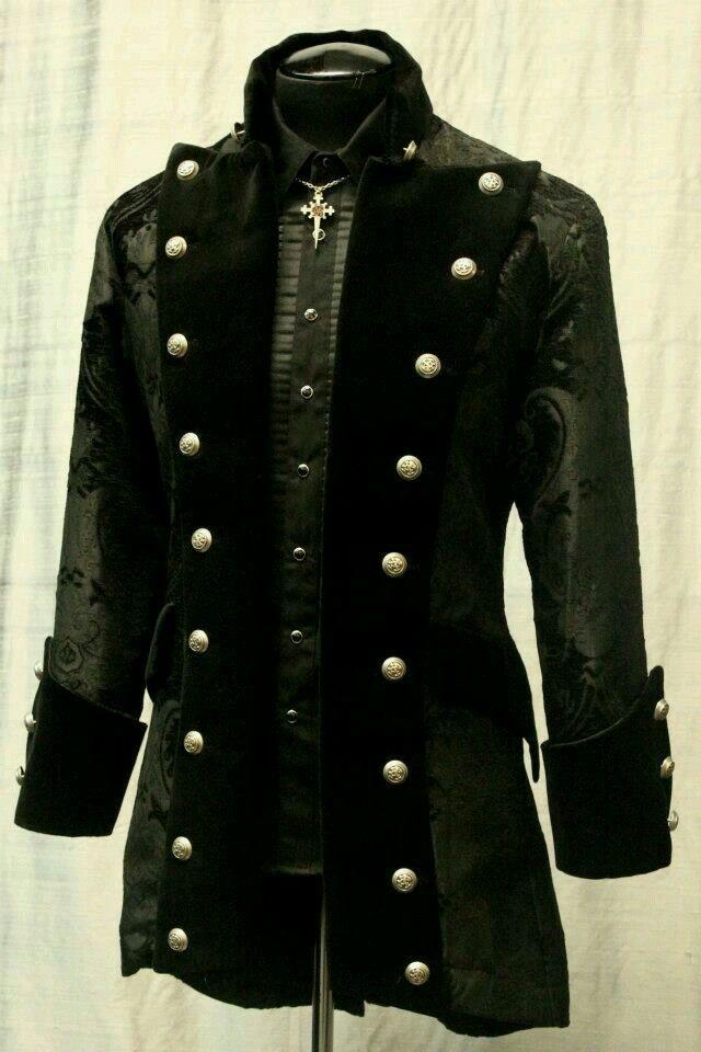 <3 Steampunk coat