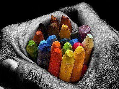 """""""Incoraggia gli altri nei loro punti di forza e non sminuirli mai per le loro debolezze. Nel dare forza agli altri, anche tu diventerai più forte. Al contrario, mortificando gli altri, mortificherai solo te stesso. Il colore con cui dipingi una ringhiera è lo stesso colore che ti resta sulle mani."""" (Swami Kriyananda ) www.gruppiaici.blogspot.com"""