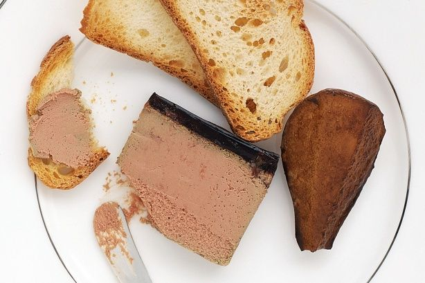 Roast pears and chicken liver pate make a gourmet starter which will impress even the toughest food critics.