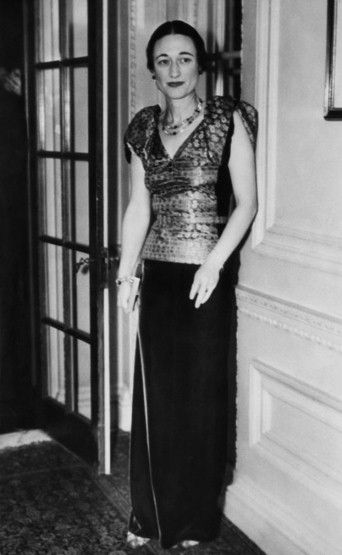 wallis simpson essay This is the story of king edward viii, of wallis warfield simpson – and of the  british  the themes i will explore in this essay include: how the couple, and  more.