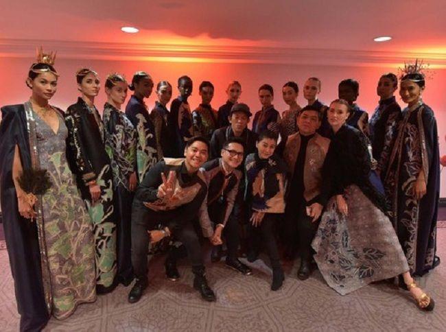 Batik Kudus Hadir di New York Fashion Week 2016