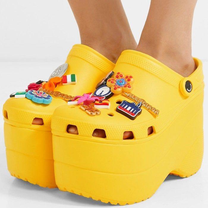 Pink crocs, Crocs, Platform crocs