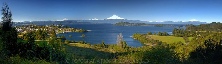 https://flic.kr/p/xcwfGf   Panorama lago Llanquihue - Puerto Octay (Patagonia-Chile)     Puerto Octay has a wonderful viewpoint with some of the best views of Lake Llanquihue with Frutillar and Puerto Varas are the golden triad of one of the best lakes circuits in our country.