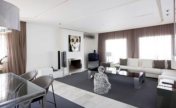 İspanya'nın Madrid bölgesinde modern bir şekilde dizayn edilmiş  apartman dairesi tasarımı. Kullanılan futuristik mobilya ve modern çizgideki tavan aydınlatma çalışmaları birlikte uyum içinde çalışmaktadır.  forumcad.com