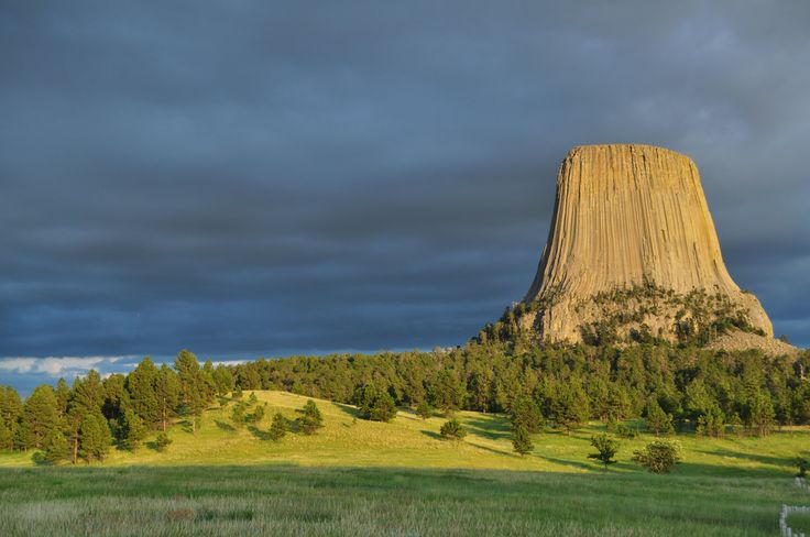 """Devils Tower in Wyoming was used as a filming location of Steven Spielberg's film """"Close Encounters of the Third Kind"""" (1977)."""