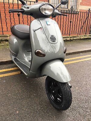 BESPOKE ONE OF A KIND PIAGGIO VESPA ET4 125 SCOOTER CUSTOM AUDI GREY  2004
