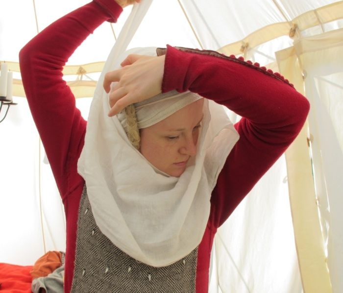 ladies parka How to wear a veil & wimple - excellent tutorial with link to how to make false plaits as well | Renaissance Faire/Steampunk |  | Veils, Tutorials and…