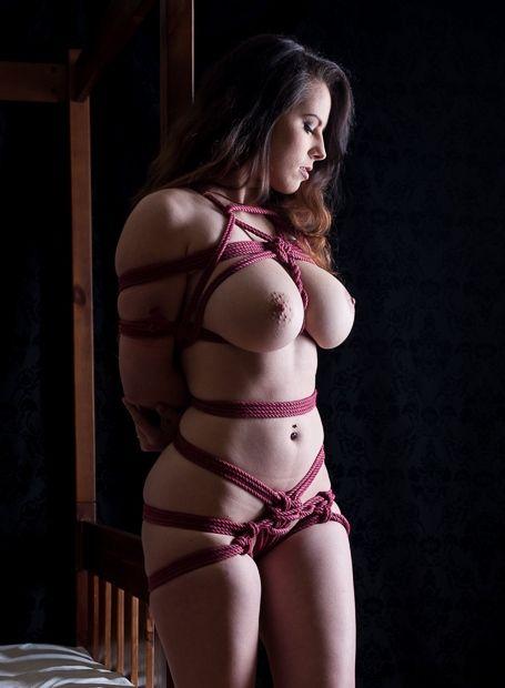 Amateur lady model
