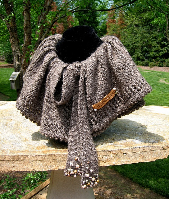 A wrap to die for.: Reflection Knitting, Knitting Greats, Knitting Patterns, Patterns Scarf Cowl Shawl, Knitting Crochet, Craft Patterns, Bijou Reflection, Jewelry, Knitting Fanatic