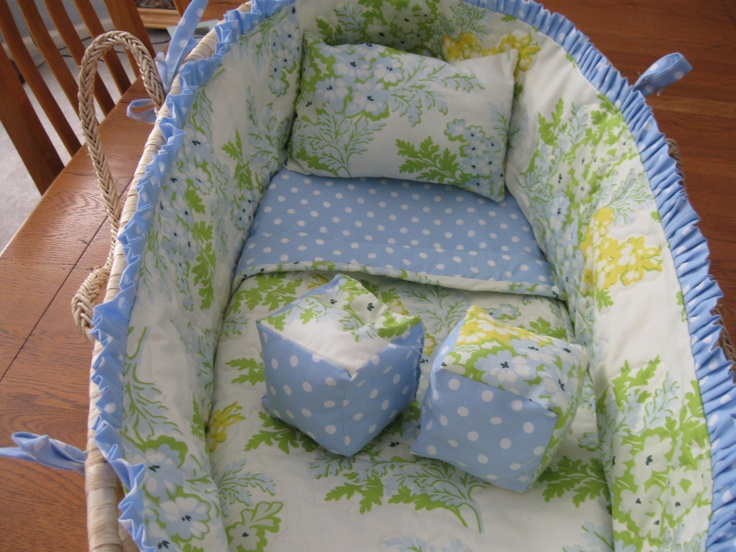 PDF Pattern How to Make your Own Moses Basket Bedding... We just bought a basket! So excited about this!