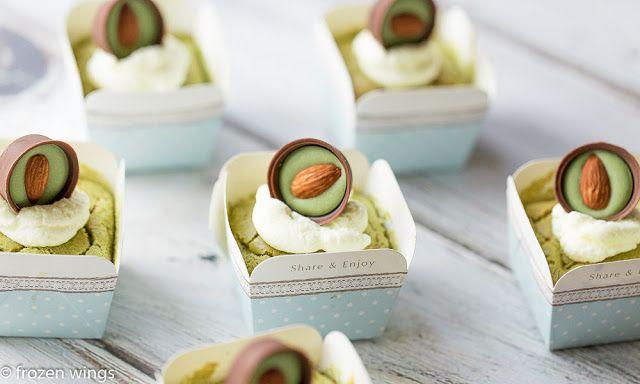 frozen wings: Green Tea Hokkaido Chiffon Cupcakes