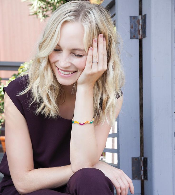 Beautiful Celebrity Hot Candice Accola 1