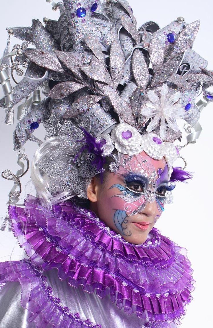 silver-purple-fantasy-makeup