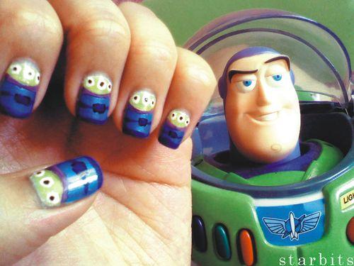 toy story!!!!: Nails Art, Nailart, Nails Design, Buzz Lightyear, Nails Polish, Toys Stories Nails, Toystori, Fingers Nails, Aliens Nails