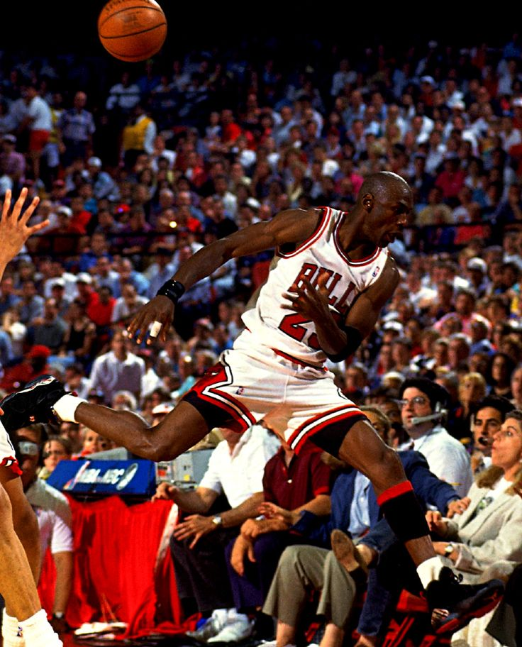 Mike Heads Out Of Bounds, '93 Playoffs.