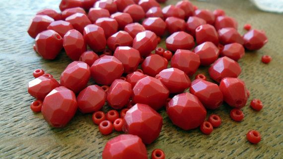 A set of 1950s red plastic beads in great condition.