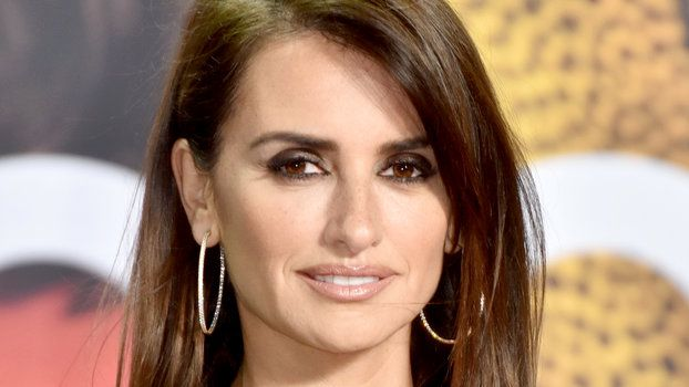 Penelope Cruz Looks Exactly Like Donatella Versace in Her Latest Closeup