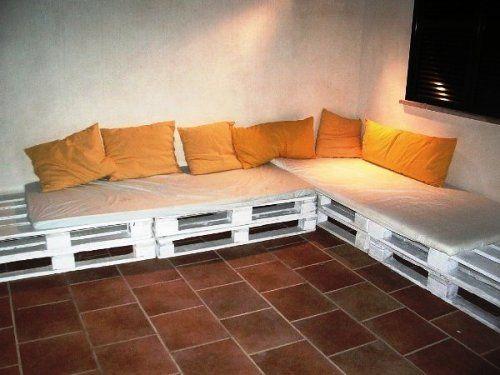 http://www.decoracionde-interiores.com/muebles-con-pallets/