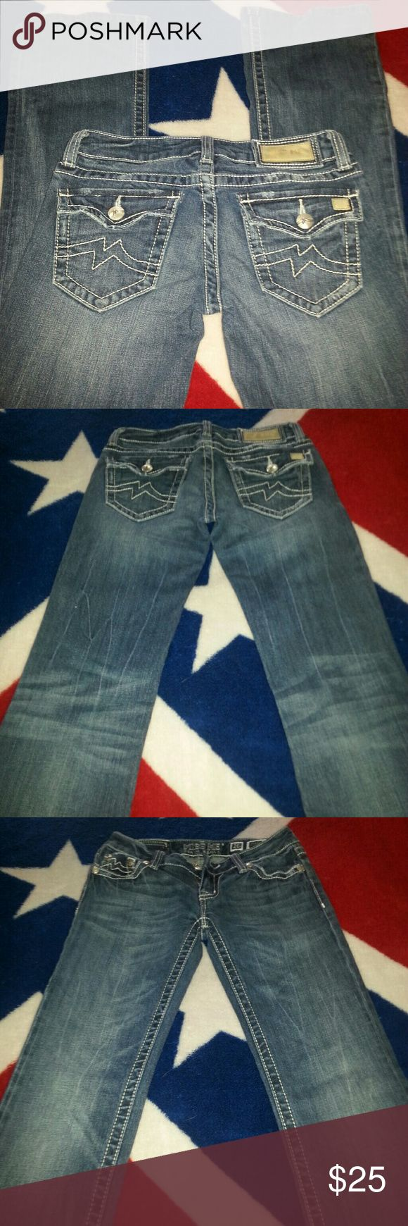 Miss Me Jeans Miss Mes cute and ready quick sale Miss Me Jeans Boot Cut