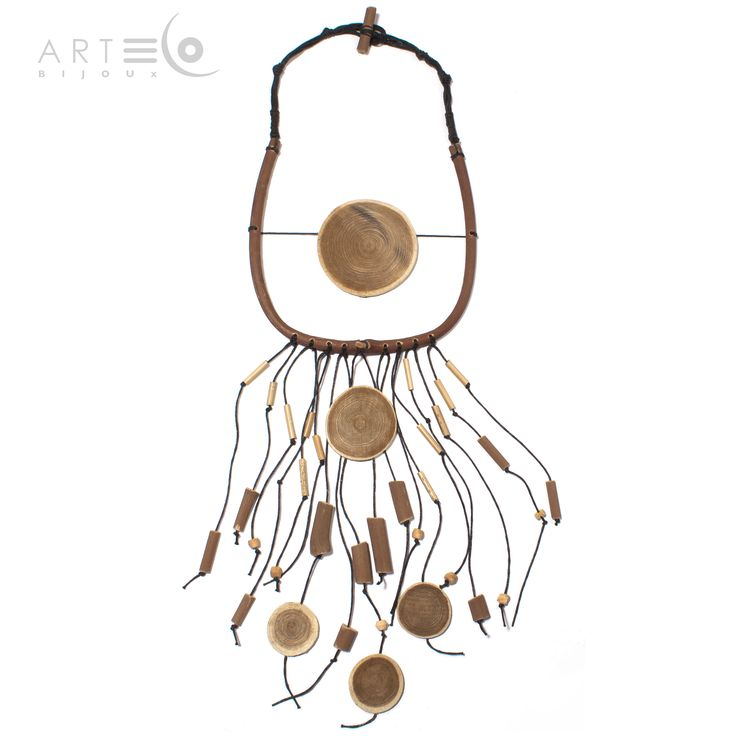 Long necklace realized with beech discs, vine-shoots, wood pearls and waxed rope. Buy it on ArtEco's Etsy shop! https://www.etsy.com/listing/201703486/long-necklace-realized-with-beech-discs