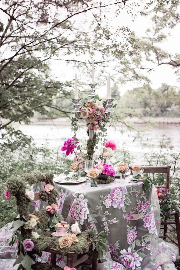 花が咲き誇るウッドランドウェディングインスピ|クリスティーナ·ロッシ写真|ブライダル黙想ウェディングブログ21