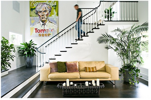 stairs - black on the treads, white on the uprisers, would look great in the hallway