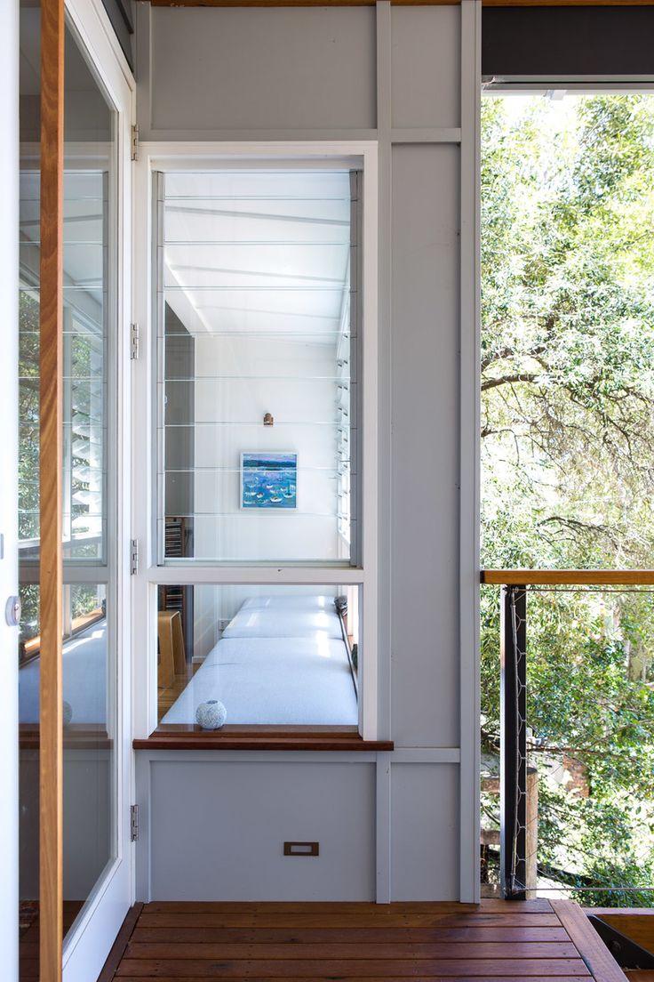 Spotted Gum House: Matt Elkan Architect - Barton Taylor Portfolio - The Loop