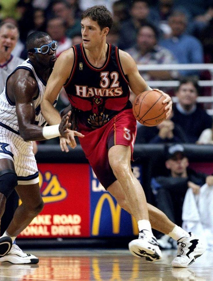 Flashback Best Shoes Worn With The Original Atlanta Hawks Big Hawk Uniform
