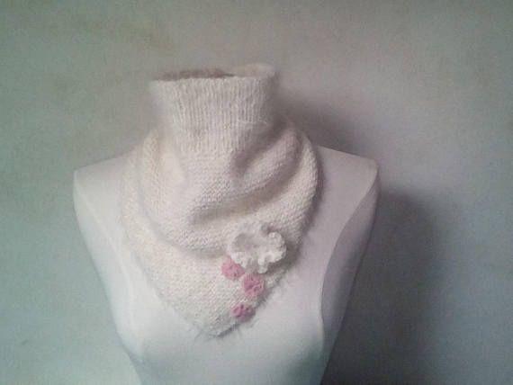 snood  duveteux et romantique en laine douce pour femme