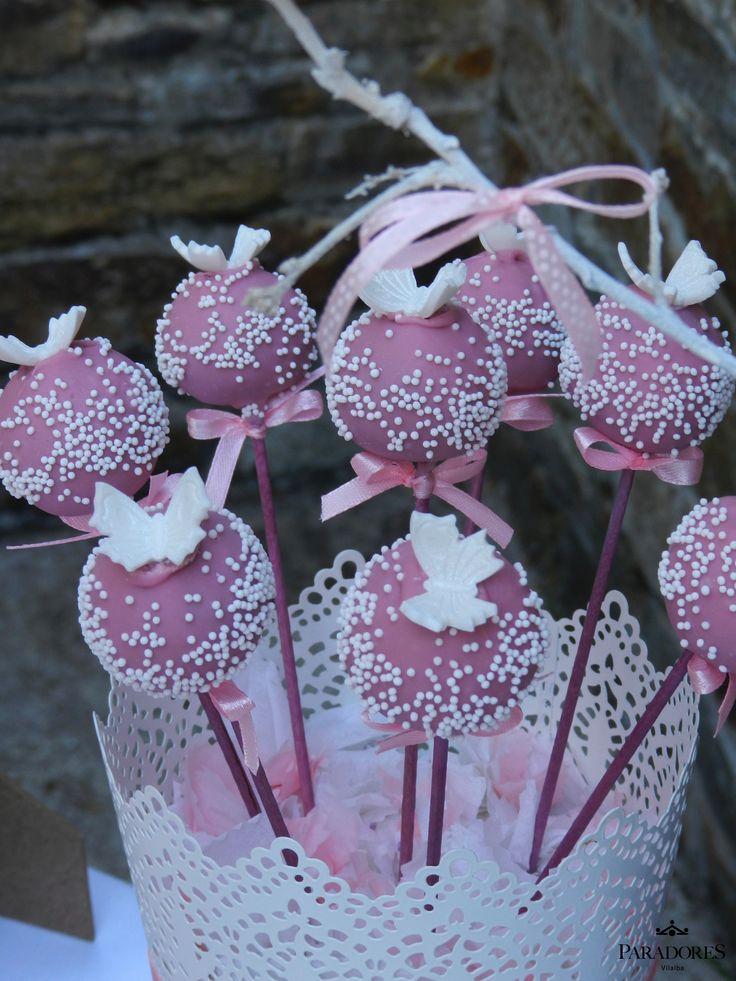 Cakepops en blanco y rosa a juego con la decoraci n de la - Decoracion en blanco ...