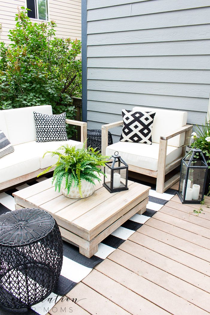 How To Decorate For Easy Outdoor Living Outdoor Living Furniture Outdoor Lounge Area