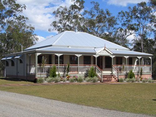 Carpentaria country homestead style home