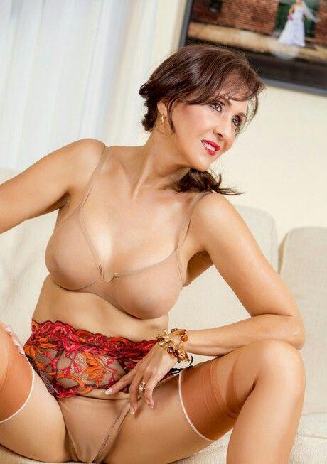 Cameltoe tgp nude