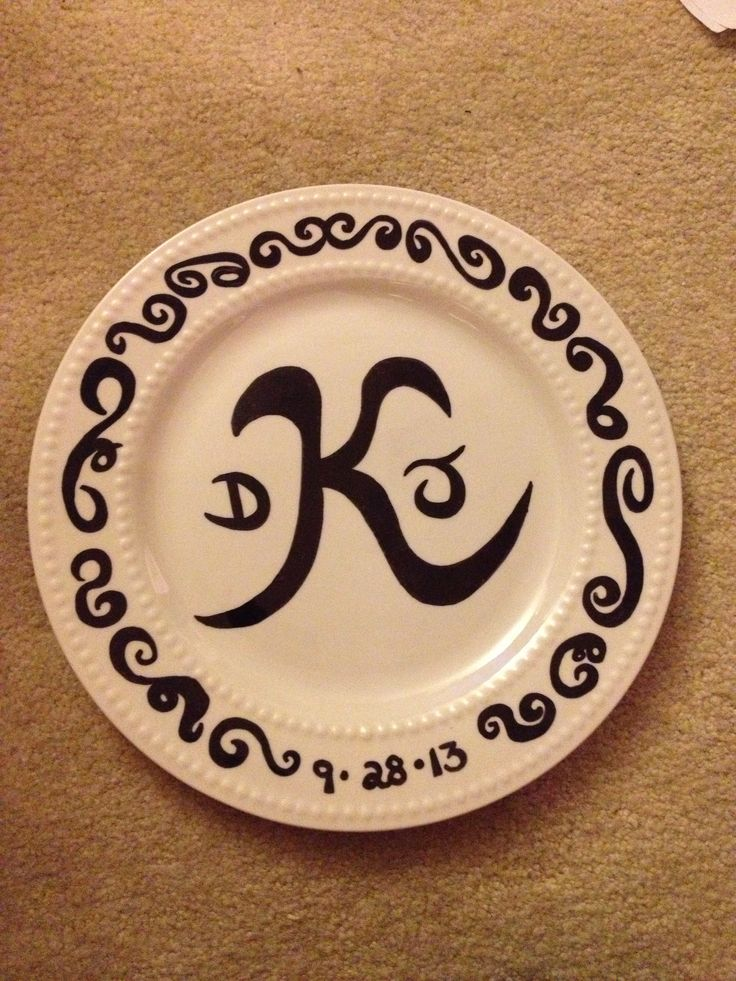 Wedding Gift needs - Sharpie and a white ceramic plate. do - decorate with & 24 best plate decorating ideas images on Pinterest | Sharpies ...
