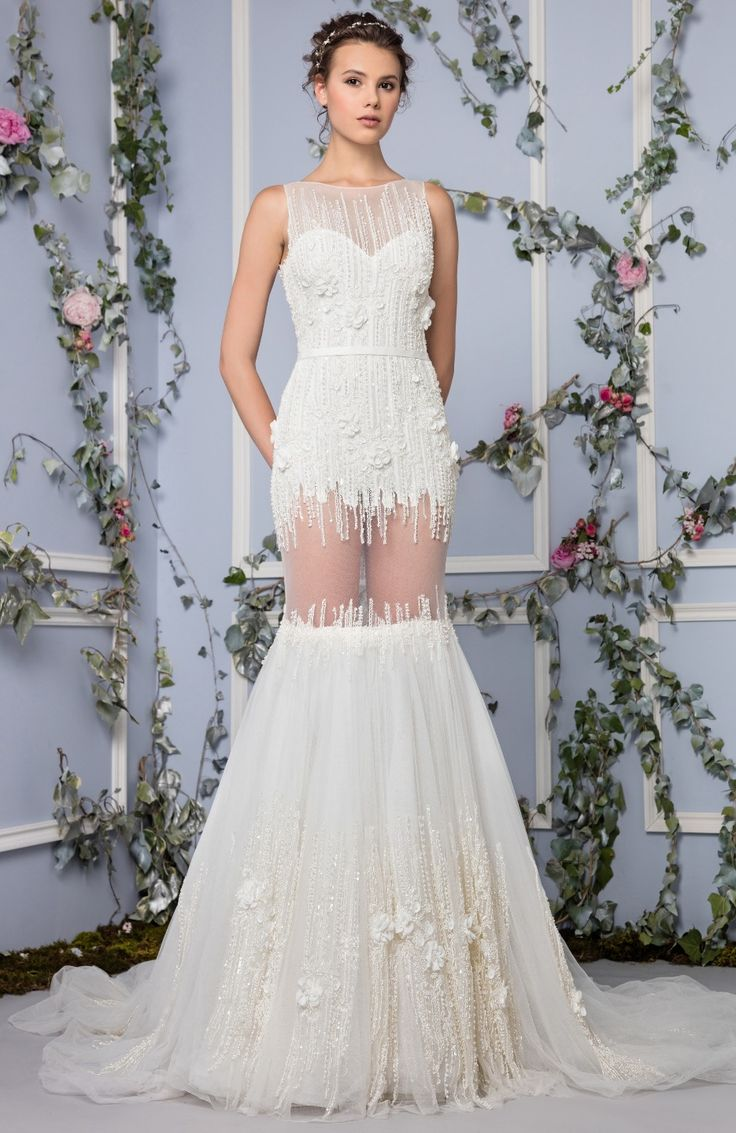 BRIDAL 2017 Off White Mermaid Cut Hand Tulle Dress With Vertical Lines Of Crystal Embroidery And A Belt On The Waistline
