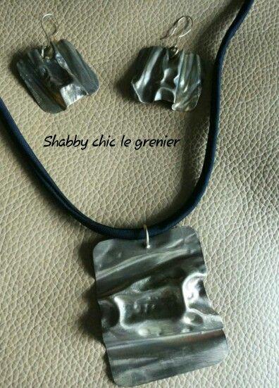 Handmade necklace and earrings. Collana e orecchini realizzati a mano. https://m.facebook.com/profile.php?id=675772772446917