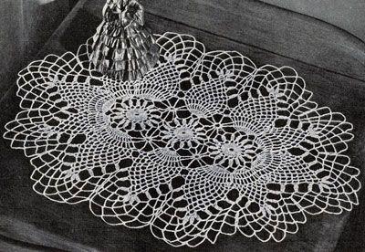 Free Crochet Patterns Oval Doilies : Pineapple Oval Doily crochet pattern from Pineapples on ...