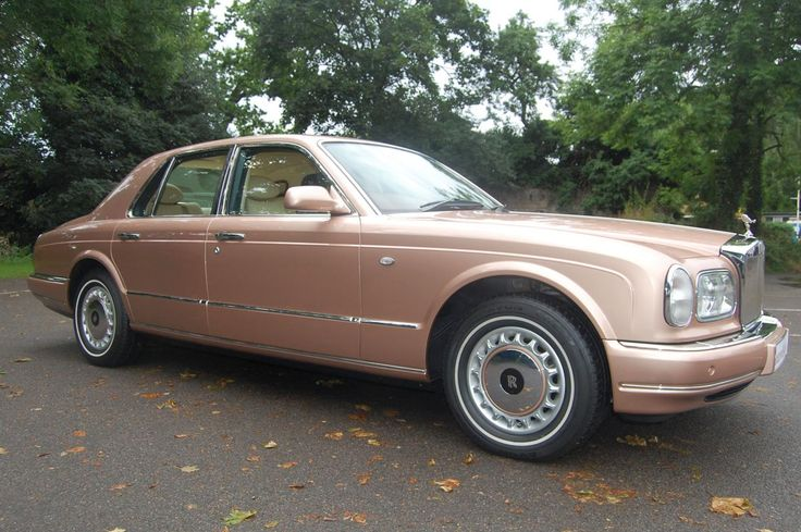 2000 V Rolls Royce Silver Seraph. Finished in Sunrise, such a beautiful colour for this car, with Barley interior, Fireglow carpets with Fireglow piping and Walnut veneers. Fitted with vanity mirrors, electric rear seats and picnic tables. Only 44,000 miles with Full Service History. Immaculate condition throughout £52.950 Full Details:  http://hanwells.net/rolls-royce-select/rolls-royce-silver-seraph/2000-v-rolls-royce-silver-seraph-in-sunrise-52-950