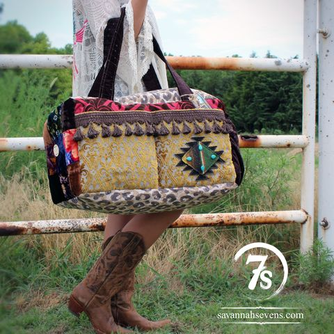 The Tonganoxie Carpet Bag – from Savannah Sevens Western Chic