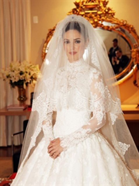 Vestidos de Noiva deslumbrantes #casamento #wedding #vestidodenoiva…