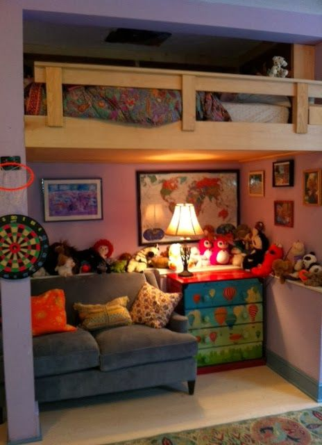 Inspirational Spaces: Loft Beds only drawback: it would be extremely difficult to make that bed!