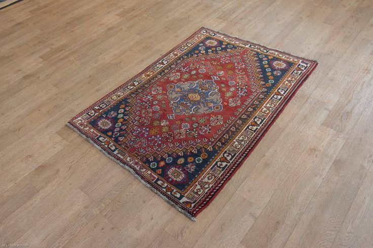 Hand Knotted Qashgai Rug from Iran (Persian). Length: 166.0cm by Width: 113.0cm. Only £675 at https://www.olneyrugs.co.uk/shop/rugs-for-sale/persian-qashgai-17614.html    Come and view our striking mixture of Persian rugs, footstools and Kilim bags at www.olneyrugs.co.uk