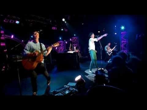 VIDEO Poniendome siempre de buen humor...      MIKA - Love Today (Live) @ London KOKO 22 Feb 2007