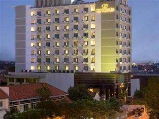 Hotel Santika Surabaya - http://tipsberwisatamurah.com/hotel-santika-surabaya/
