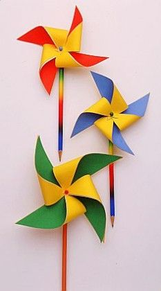 Pencil Windmills :: Top 5 Elementary School Arts and Crafts Projects :: School :: Experiences :: MakeFive