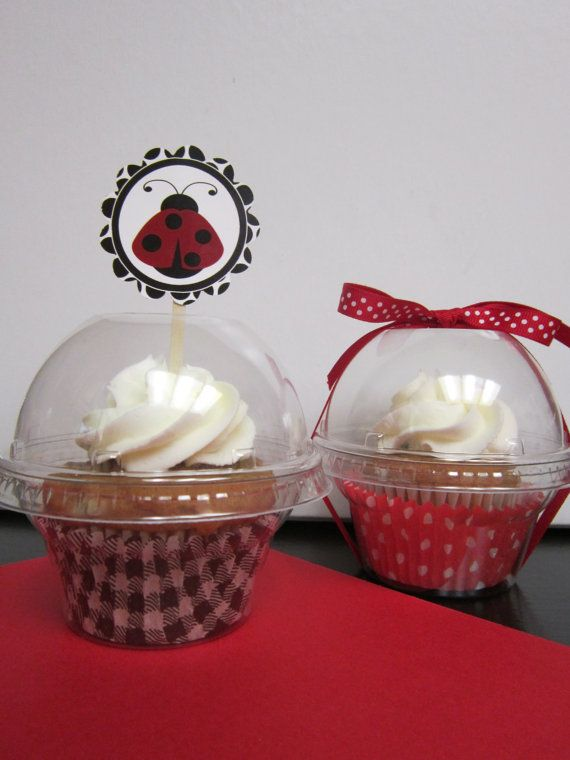 12 Plastic Cupcake Cookie Candy Container by DKDeleKtables on Etsy, $5.90